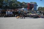 Exposición de la Guardia Civil en el patio del Colegio